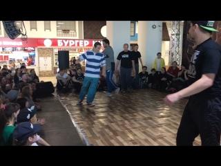 СпустяРукава &Батон vs Никита Уваров & Encore
