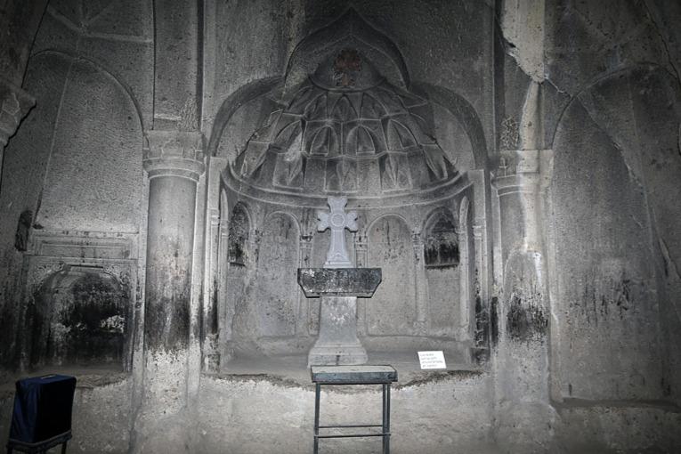 RlZIKpjSU0A Монастырь Гегард в Армении.