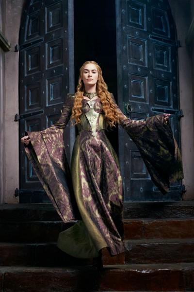 acCJrRI3D2I - Самые заметные актрисы Игры престолов