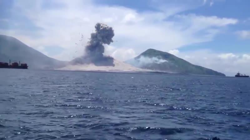 🔥 Volcano Eruption in Papua New Guinea