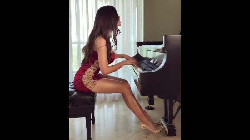 Frederic Chopin - Nocturne Op. 55 No. 1 in F minor by Lola Astanova [720p]