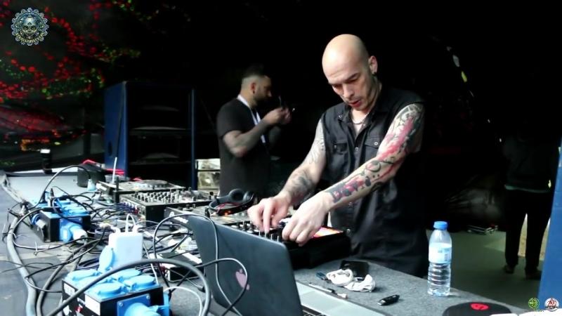 D_Maniac Live @ Insomnia Electronic Music Festival 2017 ᴴᴰ