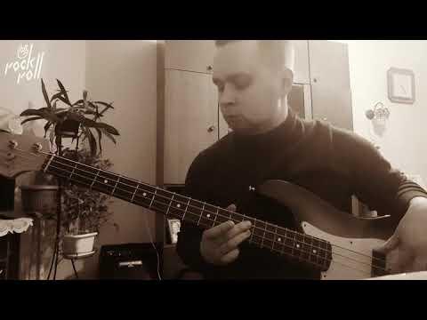 Queen feat. David Bowie — Under Pressure bass guitar cover
