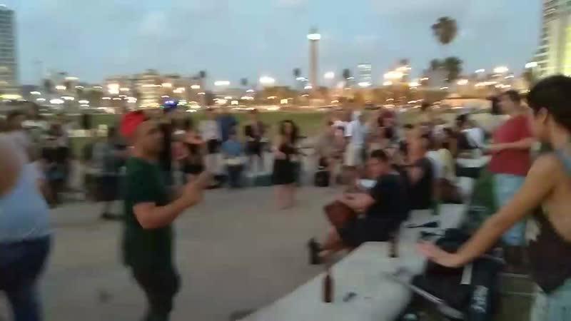 Вечер пятницы набережная Тель-Авив