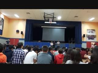 Советский гимн на выборах школьных президентов в США [NR]