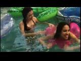 In_a_swiming_pool.avi