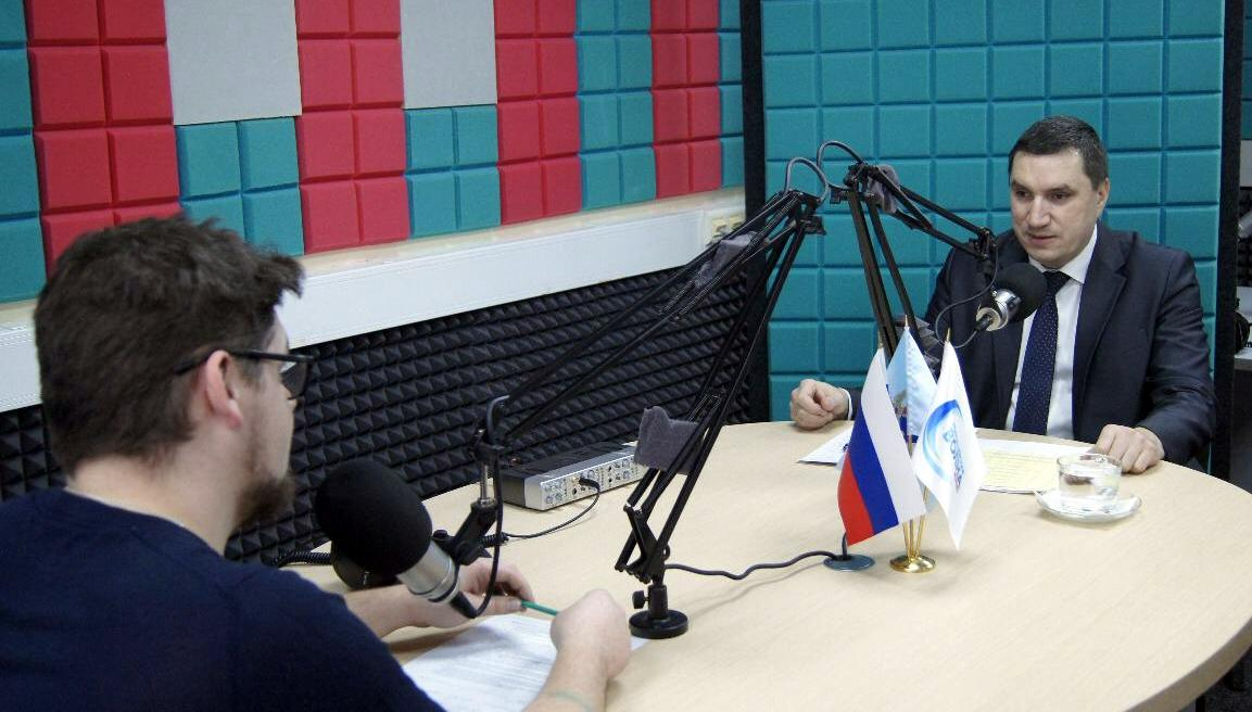Радиостанция Милицейская волна и Госавтоинспекция МВД России запускают новую совместную программу Скоростной режим