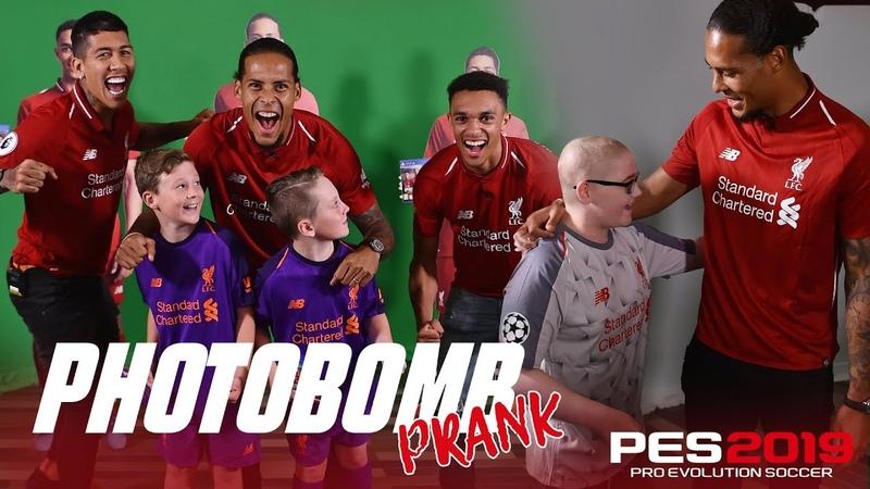 Firmino, Van Dijk Trents hilarious photobombing | PES2019 Prank