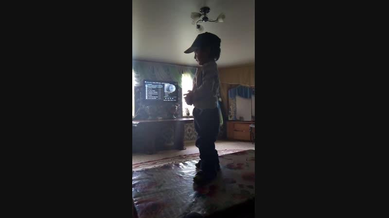 Султан танцует » Freewka.com - Смотреть онлайн в хорощем качестве