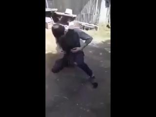 пъяный ополченец проверяет броник исход летален смерть в он лайн