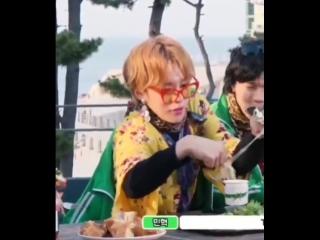 Minhyuk's struggle with eating cheese vs kihyun