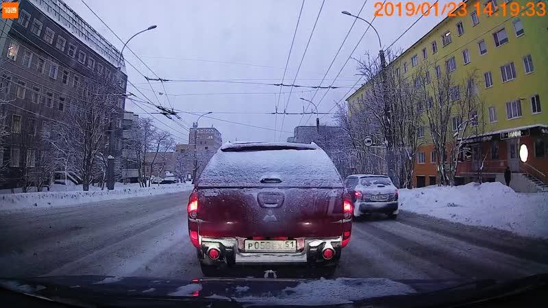 Ленина 5 ДТП