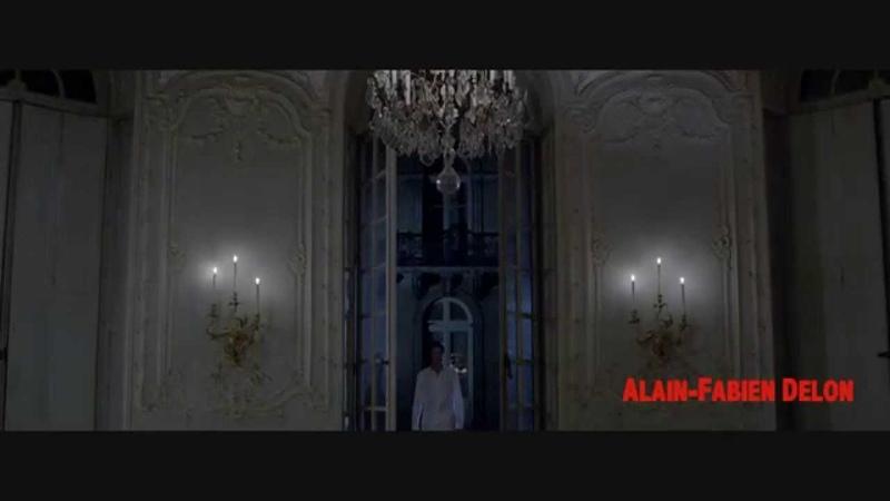 VOGUE ITALIA DER DOPPELGANGER with Alain Fabien Delon directed by Julien Landais
