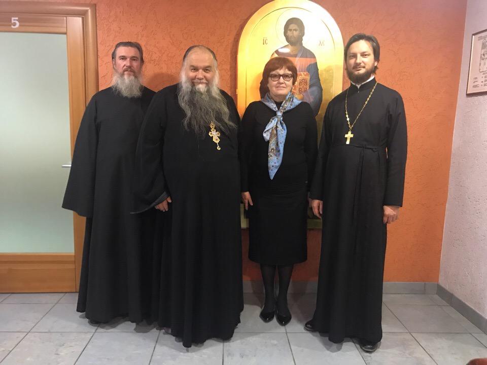 Ректор Екатеринбургской духовной семинарии посетил Миссионерский институт.