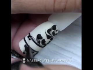 Украсила бы хоть один пальчик такой красотой?!