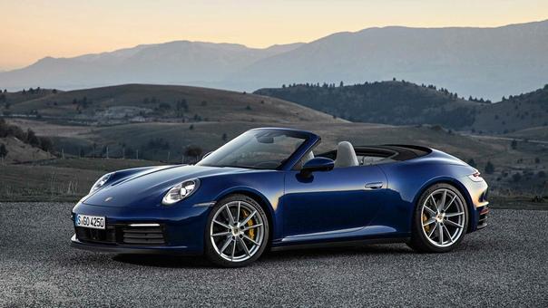 Новый Porsche 911 получил версию без крыши. Компания Porsche представила открытую версию нового 911-го 911 Cabriolet. Модель будет доступна в двух модификациях Carrera S и Carrera 4S, с мягкой