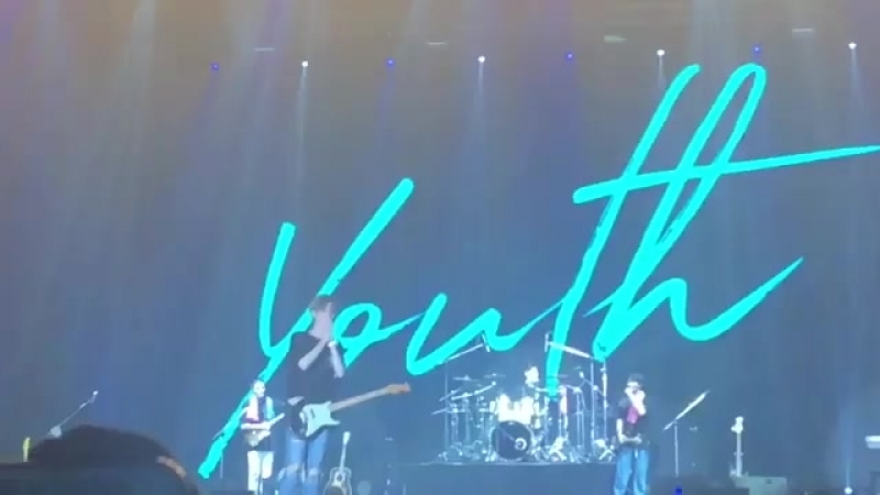180915 DAY6 1ST WORLD TOUR 'YOUTH' IN BANGKOK Jaes B-Day