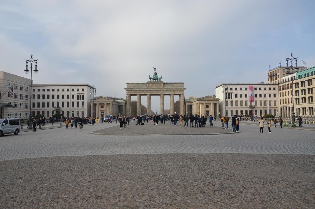 99RfL4QjNSs Берлин достопримечательности.