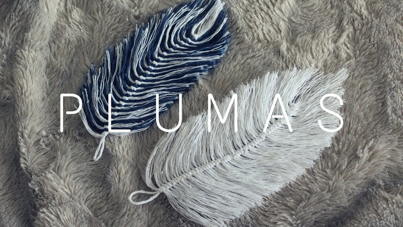 Plumas De Hilo Feathers made out of yarn