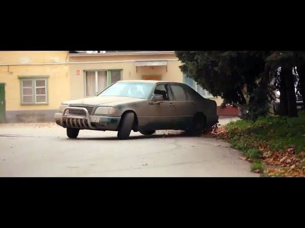 Getaway the movie with the W140 Mercedes SUV