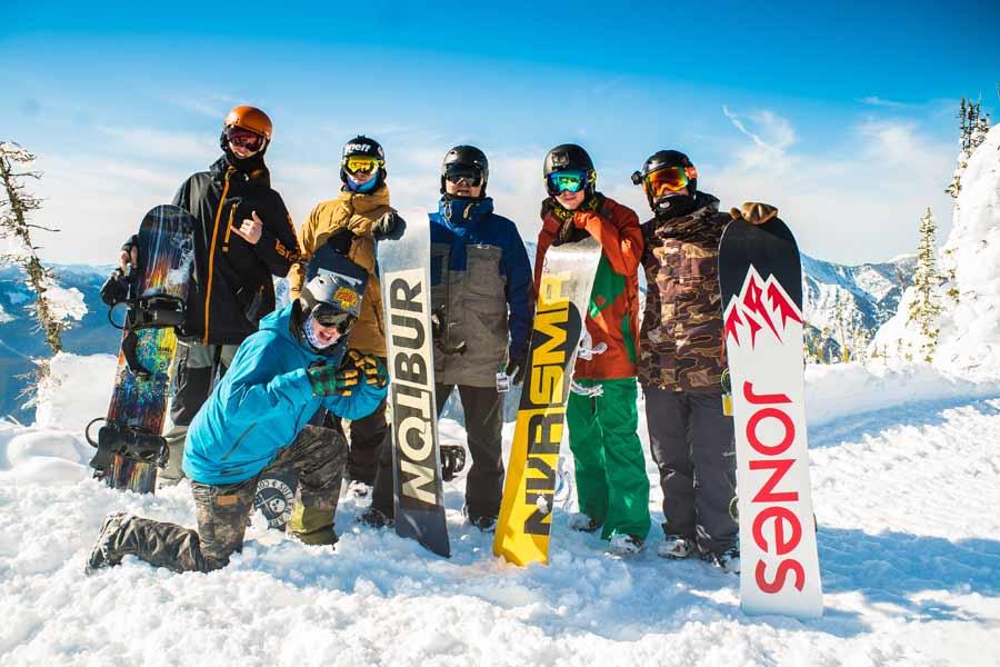 Все подробности по наличию сноубордов, лыж, горнолыжной одежды и защиты, а  также цены на краткосрочный и долгосрочный прокат ищите на сайте  Snowbuddy.by! 6adcbcb371c