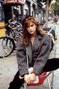 Деми Мур в 90-х выглядела женственнее и сексуальнее, чем сегодняшние девушки…