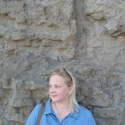 Натуша Серова