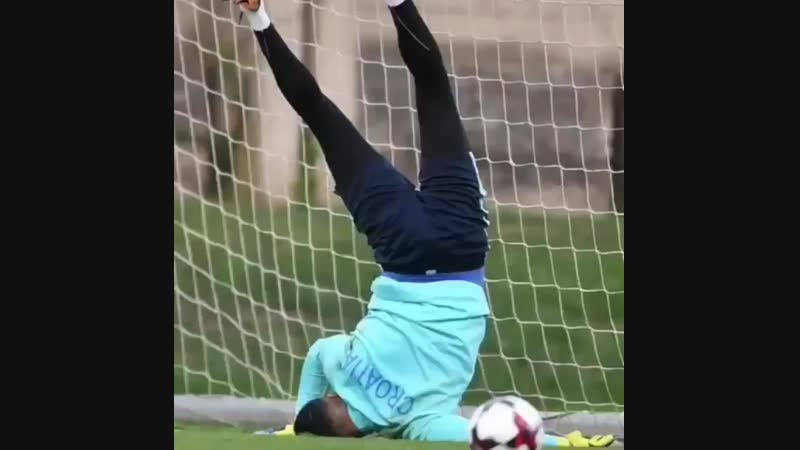 These goalkeeper fails are so funny! Tag Friends.mp4