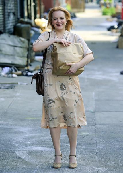 """Джеймс Франко, Мэгги Джилленхол и Эмили Мид на съемках сериала """"Двойка""""."""