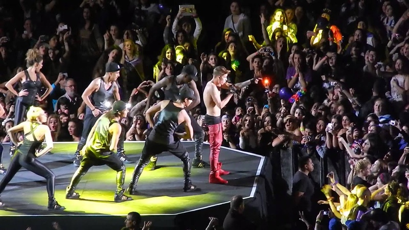 Justin Bieber - Boyfriend Y Baby - 9 De Noviembre 2013 River