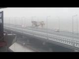 Столкновение плавучего крана с Крымским мостом