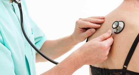 Рубцевание легких может вызвать затруднение дыхания.