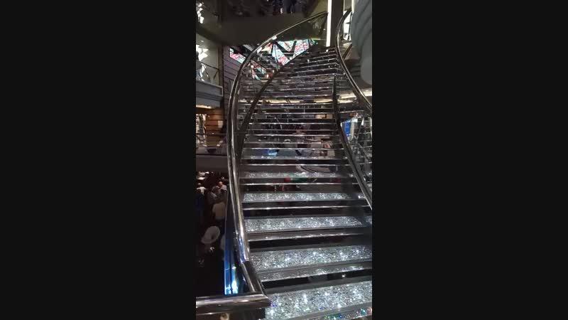 Знаменитая лестница Сваровски