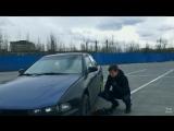 Вскрытие авто при помощи домкрата