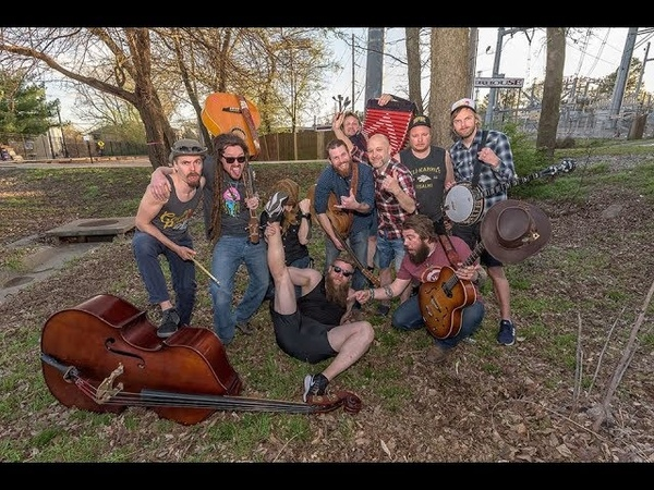 Pirates In The Bathtub ClusterPluck feat Steve'n'Seagulls