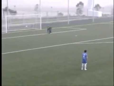 Гол Фран Соля за Реал с центра поля