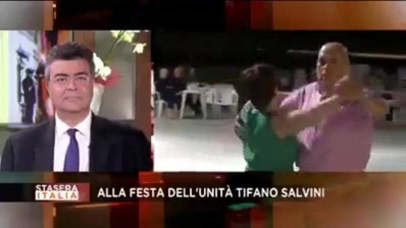 Salvini acclamato anche nelle feste... - Siamo Stanchi dei Buonisti.mp4