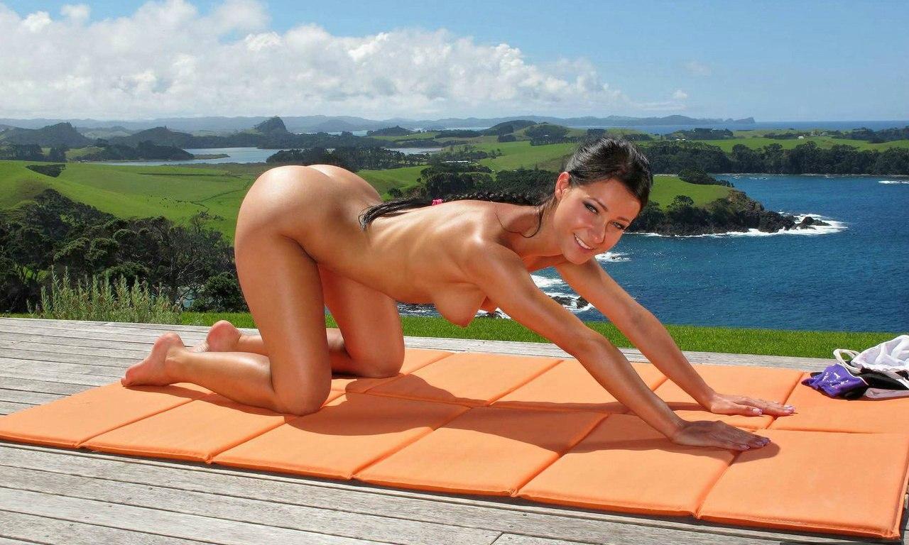 Exquisite nude massage