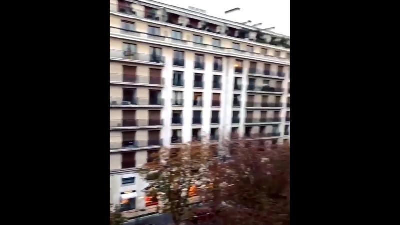 Nous volons à Paris_ _airplane_️ _fr_ - france - paris ( 937 X 750 ).mp4