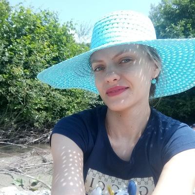 Александра Чеснокова (Чеснокова)