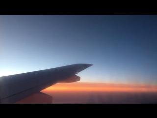 В Москве 2 часа ночи, город спит, а я отправился домой на встречу полярному дню! Очень скучал по родному