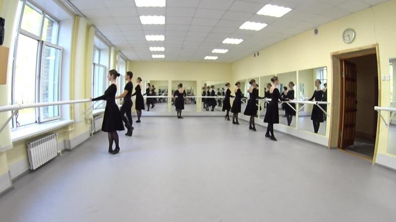 Показ. Народно-сценический танец. 2-й семестр. Часть 7