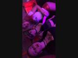 Девочки развлекаются на хэлоуин