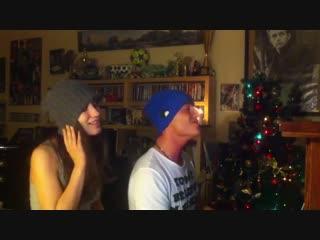 Виктория Дайнеко и Алексей Воробьев поют новогодние песни