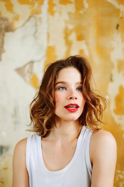 Аня Баркалова