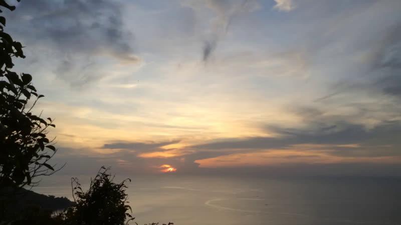 Закат с Karon View Point. Высота более 200 метров.