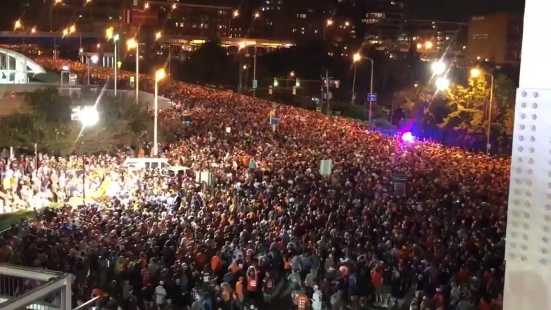 What happens when Browns fans actually all stay at the stadium until the end of the game