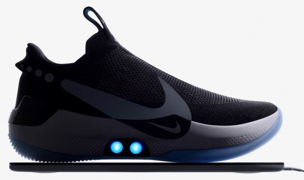Nie представила умные самозавязывающиеся кроссовки Компания Nie представила новые баскетбольные кроссовкиAdapt BB. Ключевой их особенностью стала автоматическая шнуровка иподгонкапод ногу