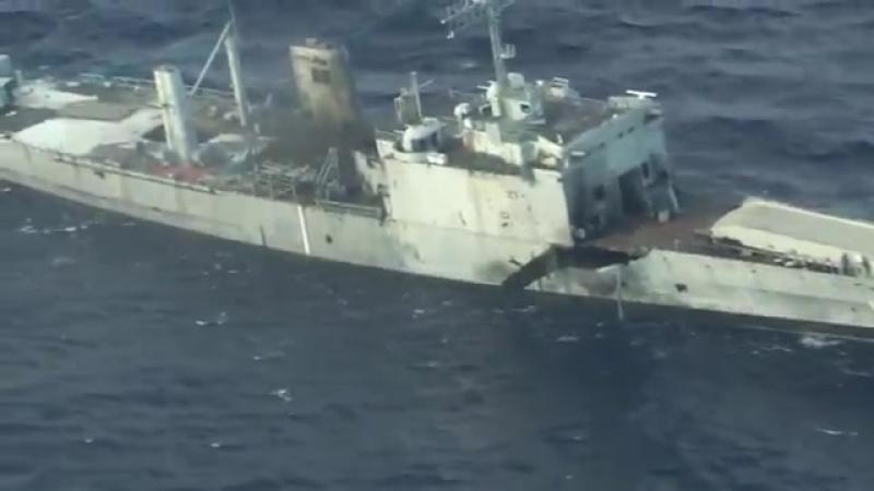 Вооружённые силы США и их союзников потопили списанный американский военный корабль во время междунар манёвров RIMPAC