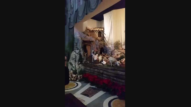 Вертеп в соборе Св.Петра в Ватикане. 05.01.2018